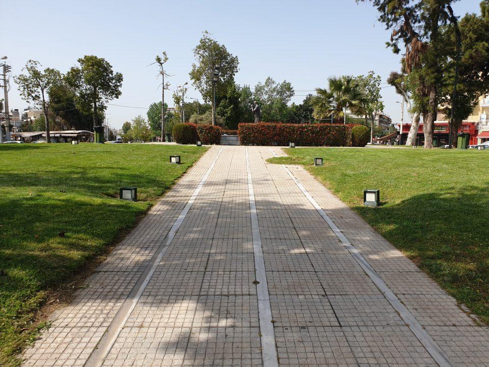 Πλατεία Μπουρνάζι, Περιστέρι